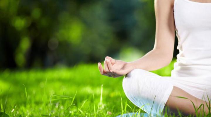 20120113_yoga_331-720x400_c