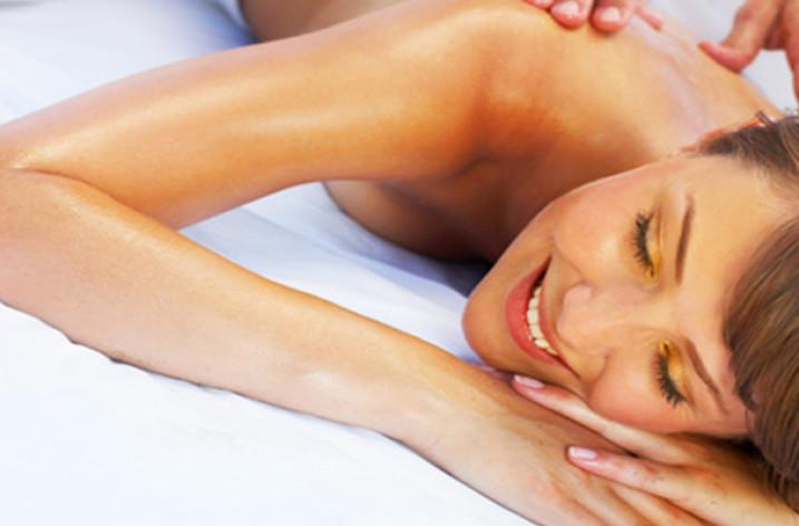 Болит голова при шейном остеохондрозе:причины, лечение