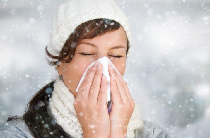 Головная боль при простуде: почему появляется и как лечить
