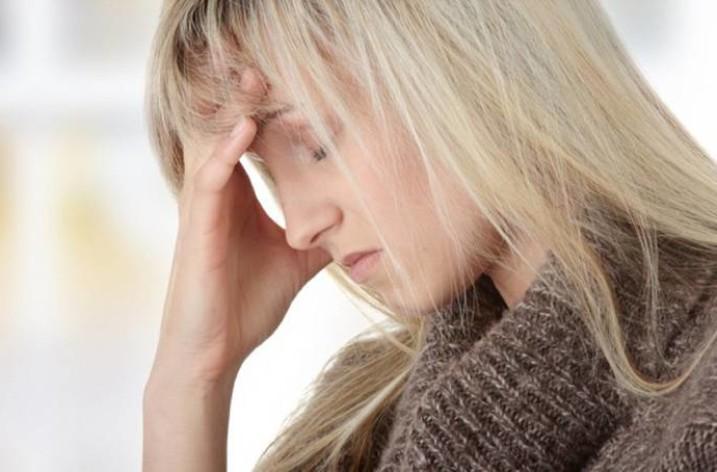 Тошнота при головной боли: как избавиться от недомоганий?