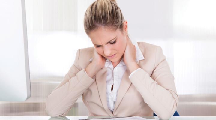 Почему болит голова от компьютера?
