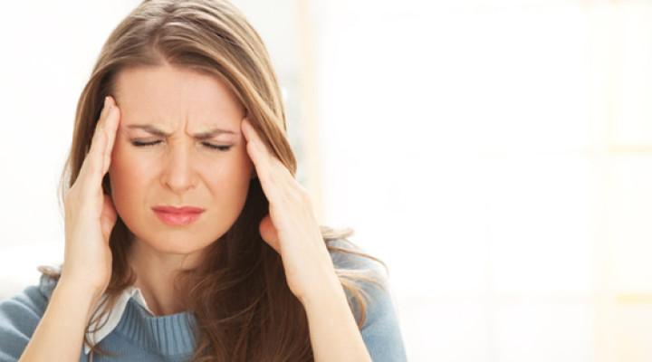 Болит левая сторона головы: как избавиться от недомоганий?