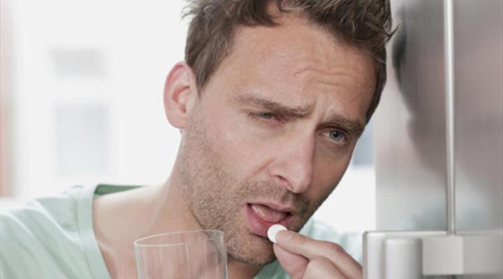 Болит голова с похмелья: причины, лечение